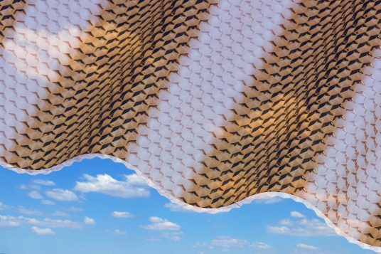 Polycarbonate corrugated sheets 2,6 mm, honeycomb bronze