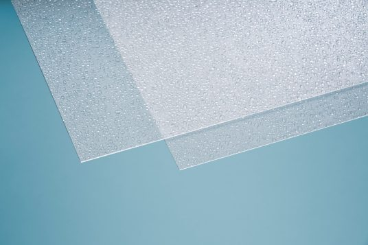 Polystyrene glass, drops, clear, 2,5 mm