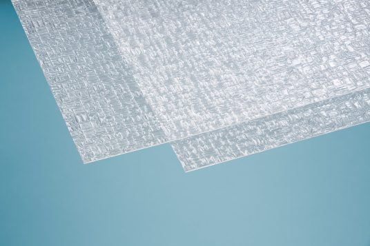 Polystyrene glass, pyramide, 2,5 mm clear