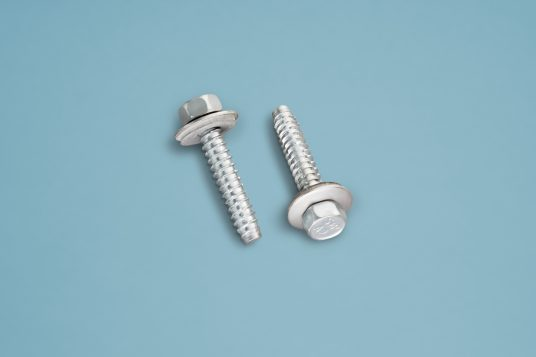 Stainless steel screws metal 6,3 x 38 mm