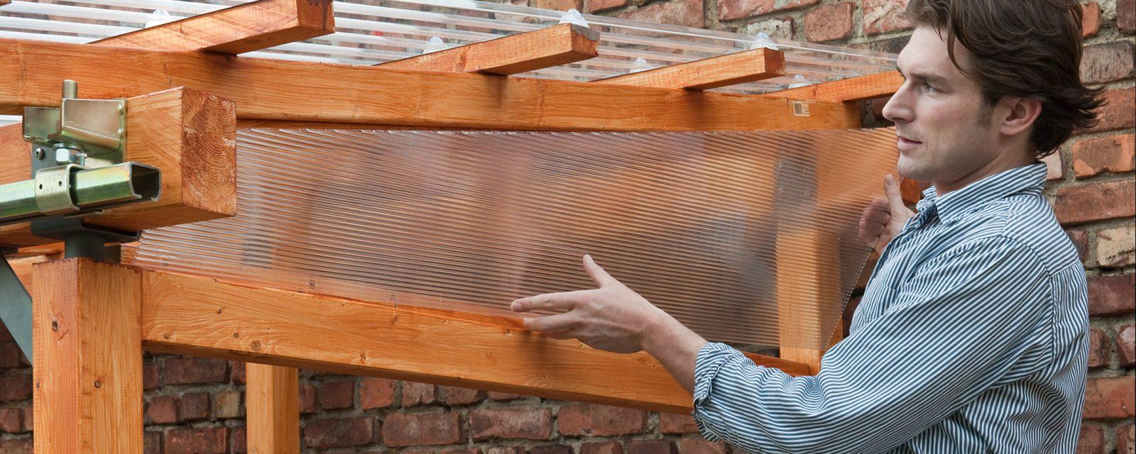 Überdachung mit Kunststoff Wellplatten