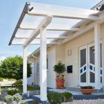 Vordach mit Polycarbonat Stegplatten
