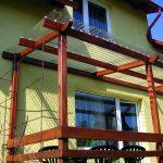 Balkondach mit PVC Wellplatten